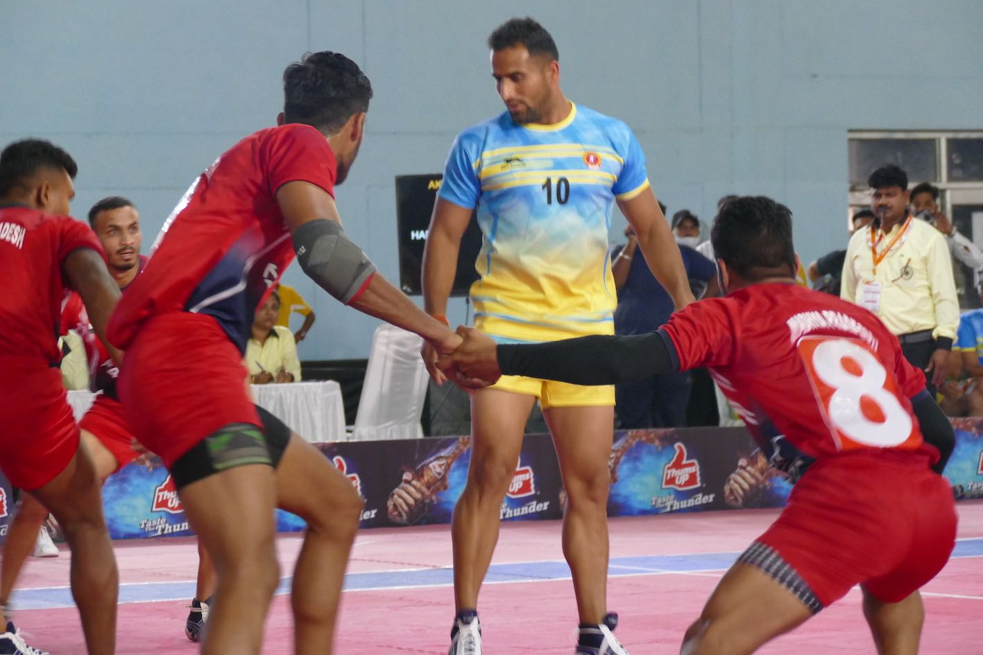 Karnataka seals a quarter-final spot as Haryana gets knocked out | 68th Senior Nationals pre-Quarters