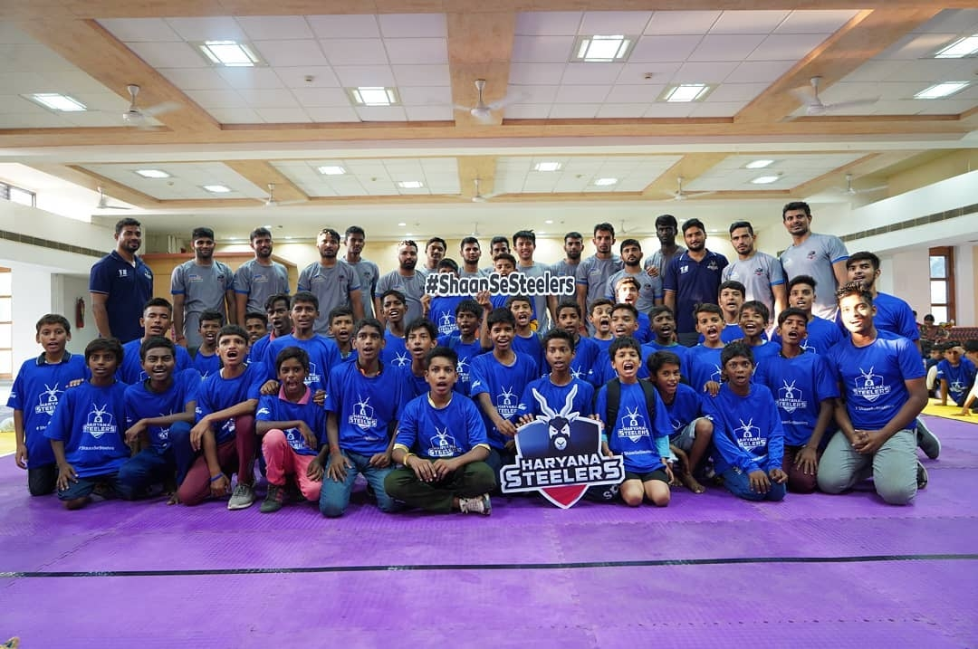 Haryana Steelers with Kids