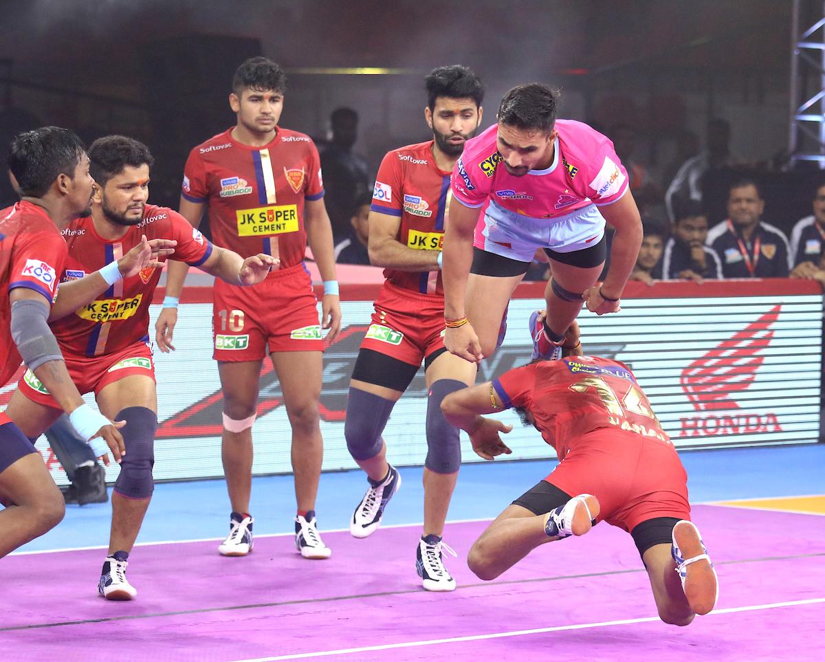 Dabang Delhi Vs. Jaipur Pink Panthers