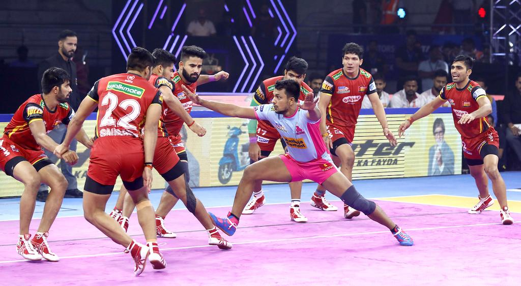 Jaipur Pink Panthers' Deepak Narwal scores his Super 10 in the first half of the game against Bengaluru Bulls