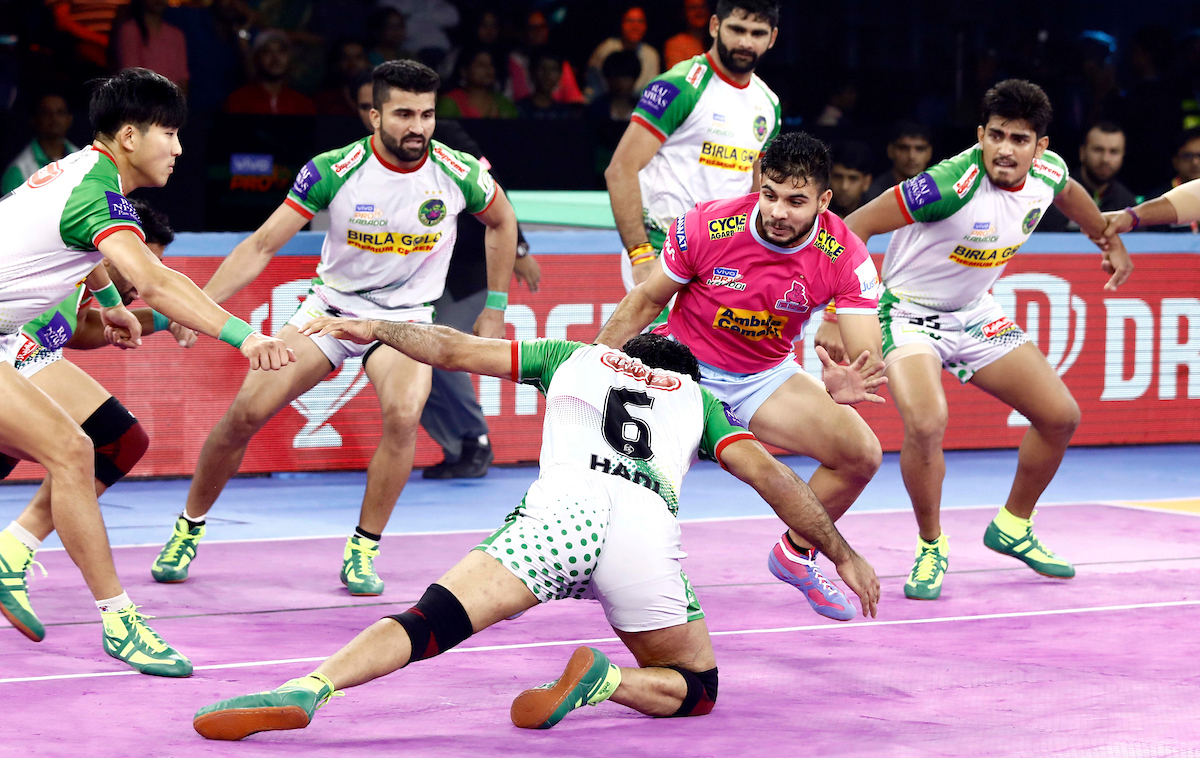 Nitin Rawal against Patna Pirates