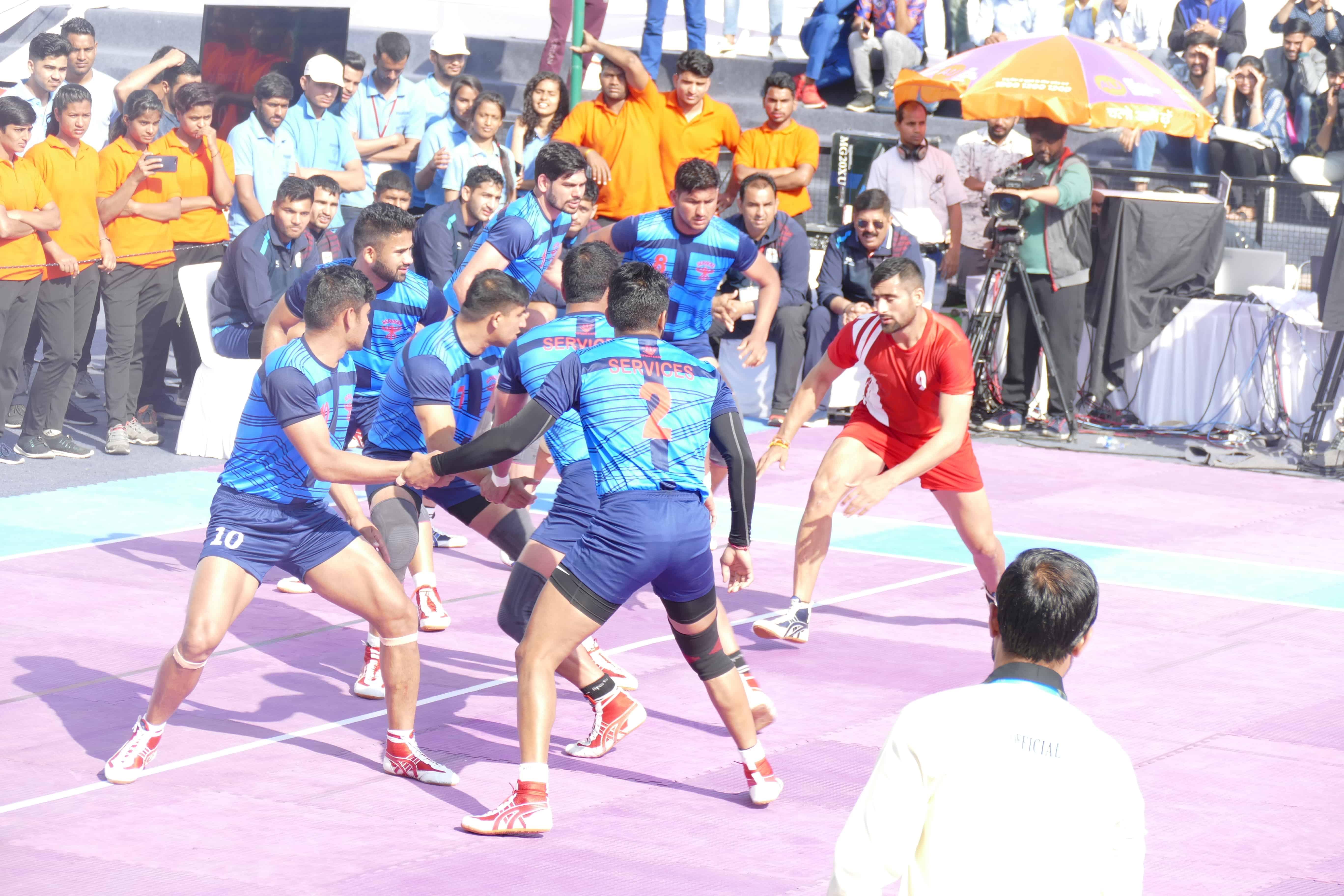 Rahul Chaudhary performing a raid