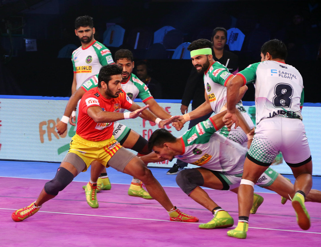 Gujarat Fortune Giants against Patna Pirates