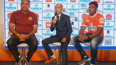 From L to R: Head coach Ashan Kumar, CEO Kailash Kandpal and Captain Girish Ernak