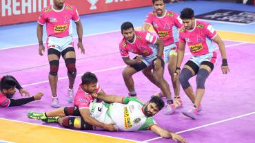 Pardeep Narwal against Jaipur Pink Panthers