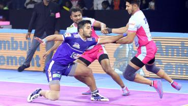 Vikas Kandola against Jaipur Pink Panthers