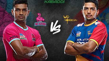 Jaipur Pink Panthers is playing against UP Yoddhas