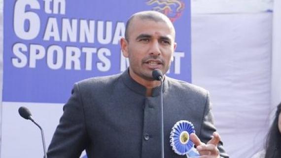 Ajay Thakur (Twitter)