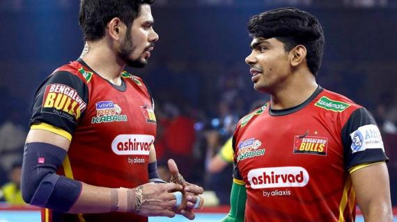 Pawan Seharawat and Rohit Kumar in action for the Bulls