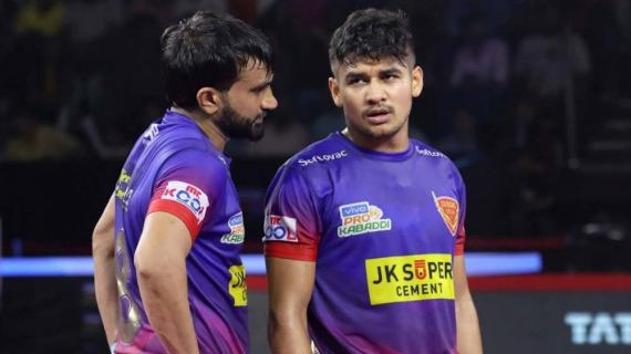 Neveen Kumar and Joginder Narwal in action for Dabang Delhi KC